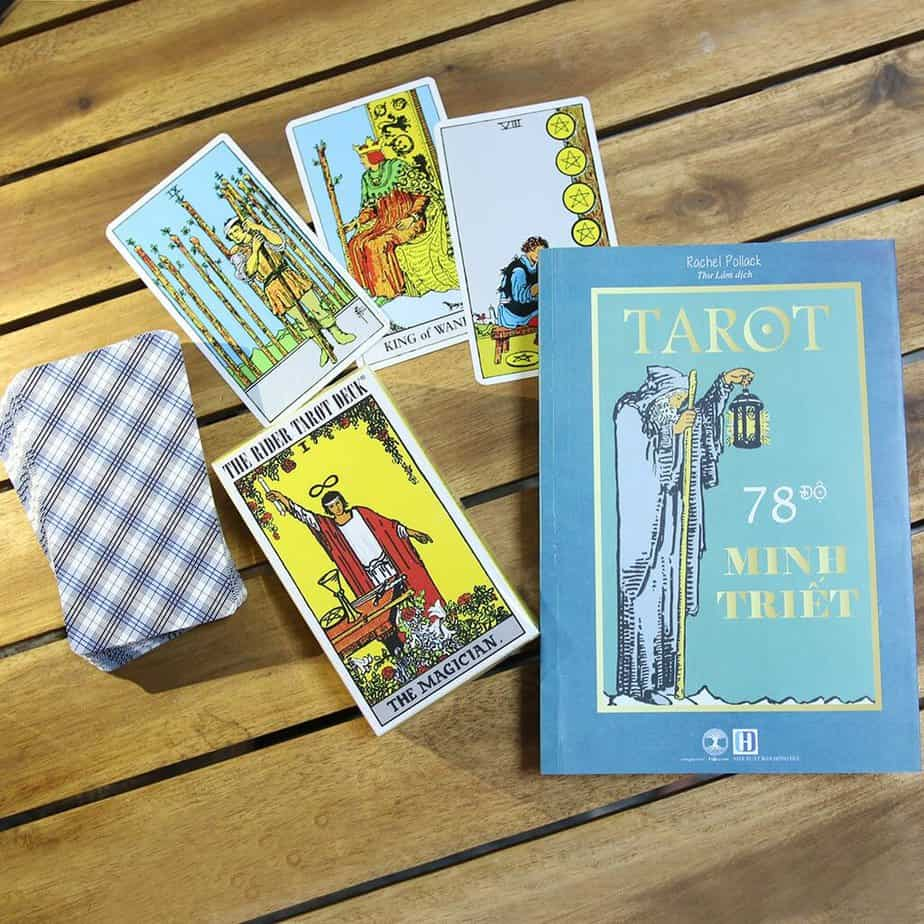sách gối đầu giường dành cho tarot reader
