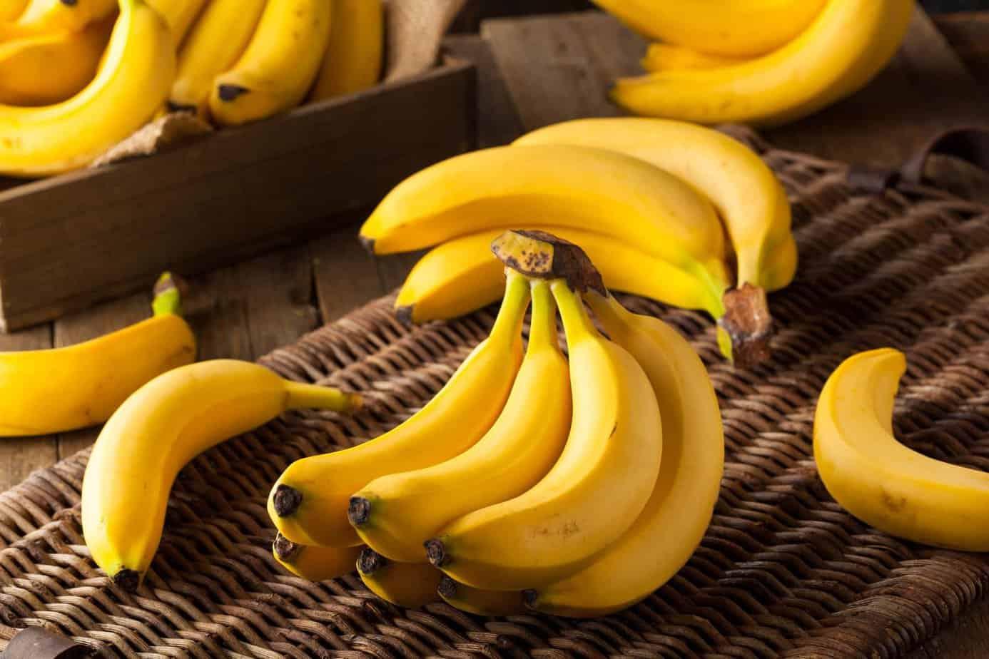 Top 05 Loại Trái Cây Giúp Cải Thiện Trình Trạng Loãng Xương Ở Người Cao Tuổi - trái cây giúp cải thiện loãng xương ở người cao tuổi - bệnh loãng xương | Cam và chanh | Chuối 17