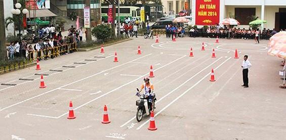 Top 10 Địa Chỉ Đăng Ký Thi Bằng Lái Xe A1 Chất Lượng Tại Hồ Chí Minh - đăng ký thi bằng lái xe a1 - Thành Phố Hồ Chí Minh - Sài Gòn | Trung Tâm Đào Tạo Lái Xe HCM | Trung Tâm ĐTSH Lái Xe Bạch Đằng 33