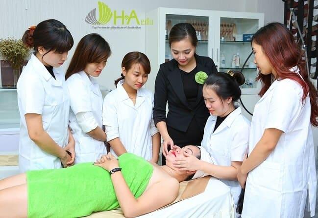 Top 10 Khóa Học Dạy Điều Trị Mụn Chuyên Nghiệp Tại Hà Nội - khóa học dạy điều trị mụn chuyên nghiệp - Arum Spa | Bich Nguyet Beauty Academy | Hà Nội 37