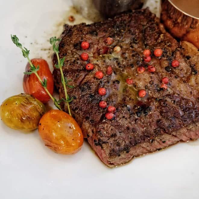 Top 5 Nhà Hàng Beefsteak Ngon Không Thể Chối Từ Tại TP HCM - nhà hàng beefsteak ngon - Amigo Grill Restaurant | Boomerang Bistro Saigon | Fumo Steak 29