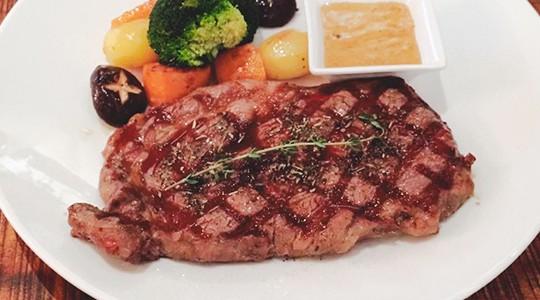 Top 5 Nhà Hàng Beefsteak Ngon Không Thể Chối Từ Tại TP HCM - nhà hàng beefsteak ngon - Amigo Grill Restaurant | Boomerang Bistro Saigon | Fumo Steak 33