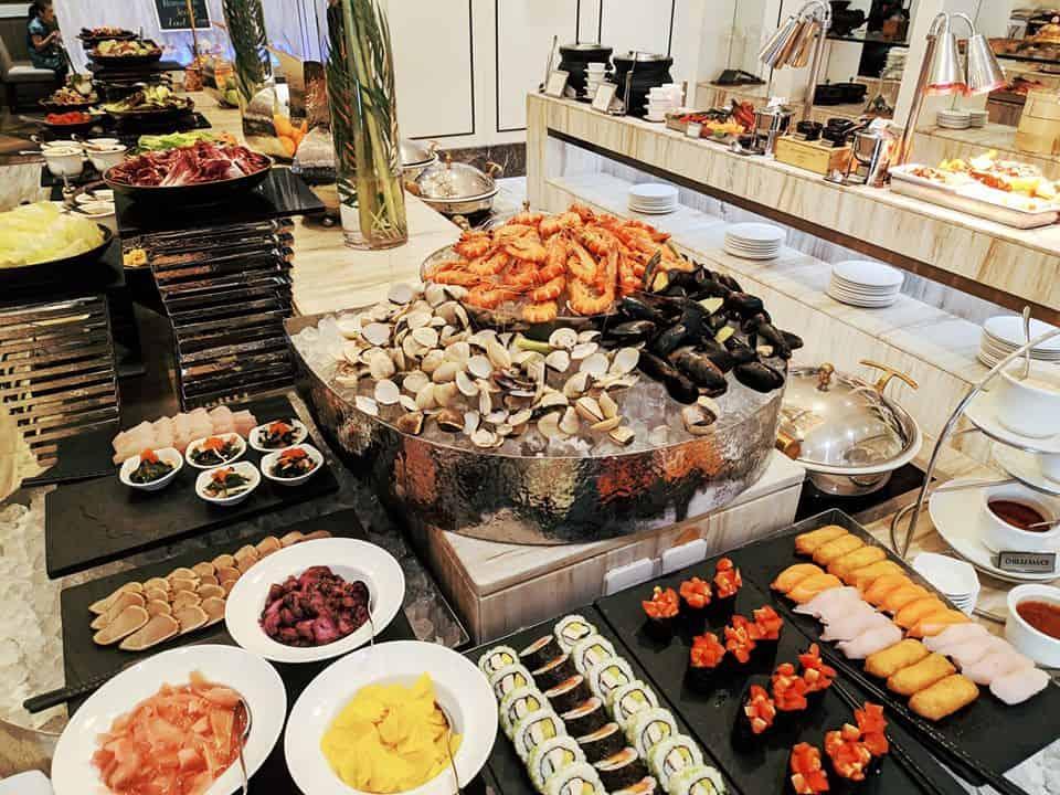 Top 8 Nhà Hàng Buffet Cao Cấp Tại TPHCM Mà Dân Sành Ăn Không Nên Bỏ Lỡ - nhà hàng buffet cao câp tại tphcm - Caravelle Saigon hotel | Hoàng Yến Premier | Nhà Hàng Buffet 66