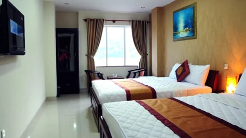 - Top 10 Khách Sạn Chất Lượng, Giá Rẻ Cho Dân Du Lịch Khi Tới Đà Nẵng