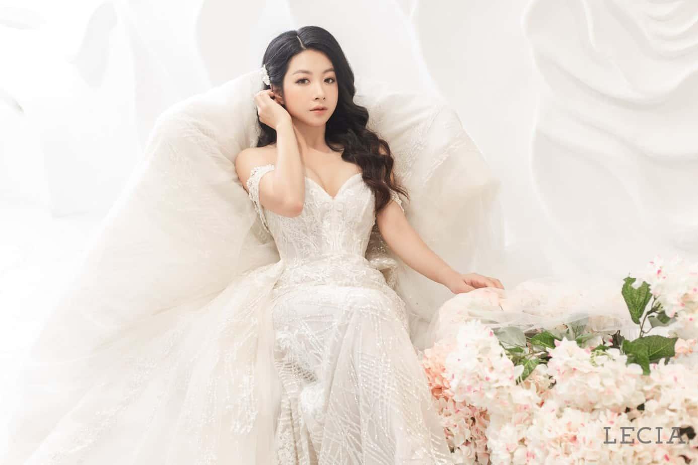 - Top 10 Cửa Hàng Cho Thuê Váy Cưới Đẹp Như Mơ Ở Hà Nội