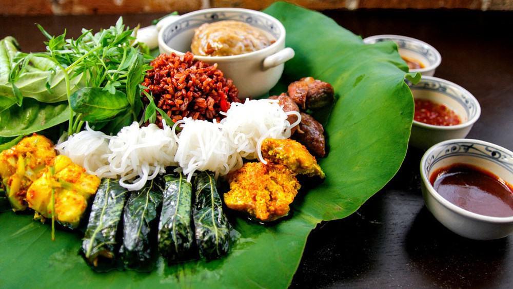 Top 5 Nhà Hàng Chuyên Ẩm Thực Miền Nam Hút Khách Tại TP HCM - nhà hàng chuyên ẩm thực miền nam - Lẩu Bò Sài Gòn Vivu | Mekong Kitchen | Ơ Thương 20