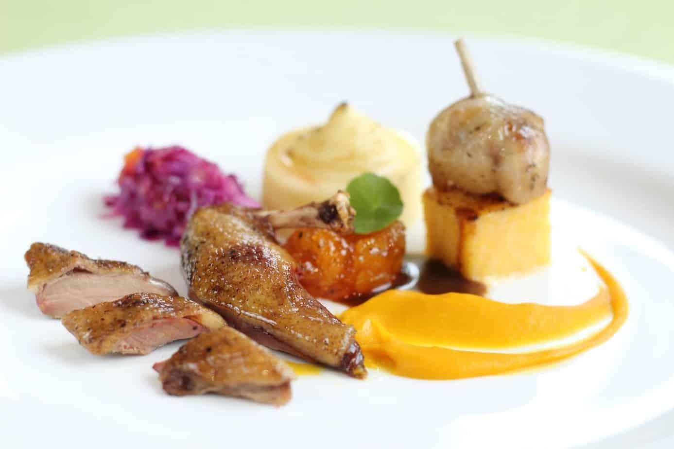 Top 5 Nhà Hàng Pháp Sang Chảnh, Được Dân Sành Ăn Yêu Thích Tại TPHCM - nhà hàng pháp sang chảnh - Chef Thiện | La Maison Wine Grill Bar | Le Corto 49