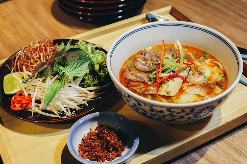 Top 6 Nhà Hàng Ẩm Thực Miền Trung Ngon Nổi Tiếng Tại TP HCM - nhà hàng ẩm thực miền trung - Ân Nam Quán | Cơm Quê Mười Khó | Hội An Quán 36