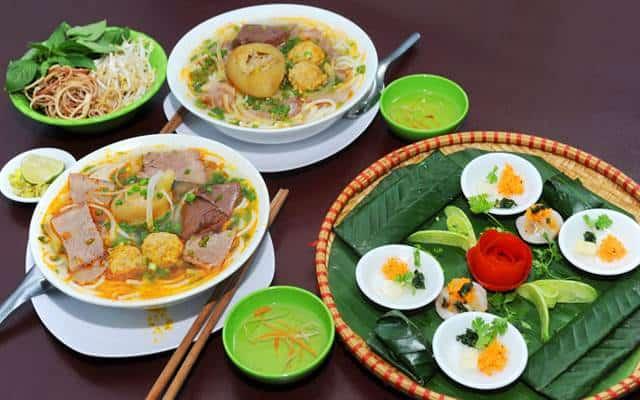Top 6 Nhà Hàng Ẩm Thực Miền Trung Ngon Nổi Tiếng Tại TP HCM - nhà hàng ẩm thực miền trung - Ân Nam Quán | Cơm Quê Mười Khó | Hội An Quán 25