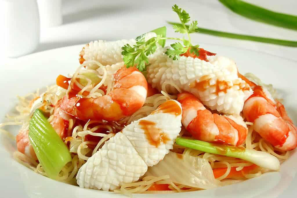 Top 6 Nhà Hàng Ẩm Thực Miền Trung Ngon Nổi Tiếng Tại TP HCM - nhà hàng ẩm thực miền trung - Ân Nam Quán | Cơm Quê Mười Khó | Hội An Quán 38