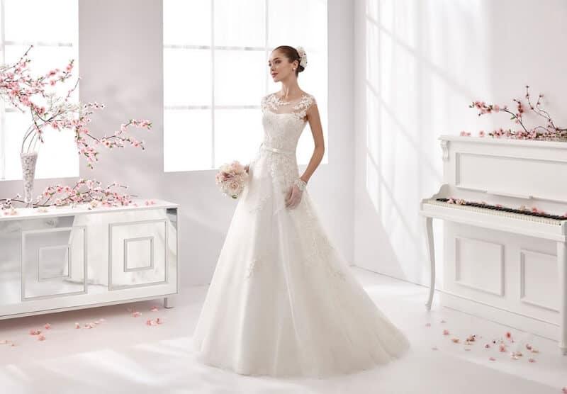 Top 10 Cửa Hàng Cho Thuê Váy Cưới Đẹp, Chất Lượng Ở Đà Nẵng - cửa hàng cho thuê váy cưới đẹp - Áo Cưới Cát Tường   Bella Wedding Studio's   Duy Wedding 63