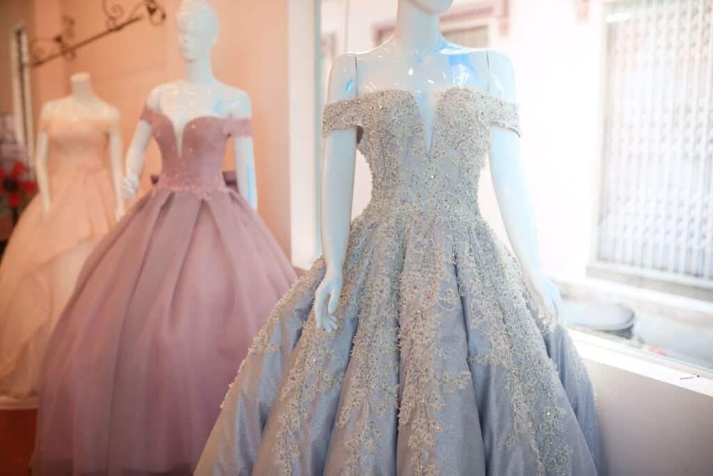 Top 10 Cửa Hàng Cho Thuê Váy Cưới Đẹp, Chất Lượng Ở Đà Nẵng - cửa hàng cho thuê váy cưới đẹp - Áo Cưới Cát Tường   Bella Wedding Studio's   Duy Wedding 67