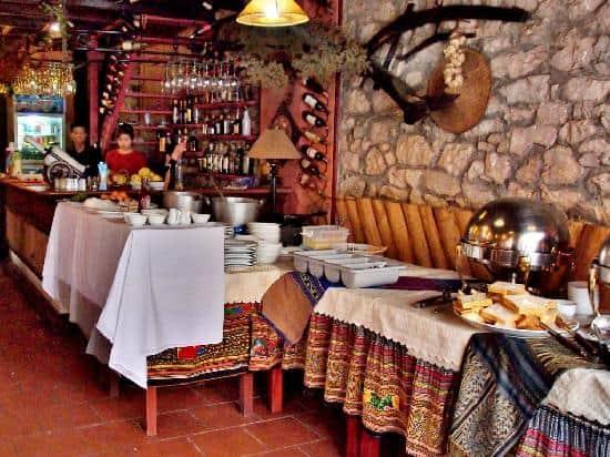 Top 10 Nhà Hàng Nướng Chuẩn Ngon Bổ Rẻ Ở Sapa - nhà hàng nướng chuẩn ngon bổ rẻ - H'mong BBQ Sapa | Lẩu Và Nướng Hoa Trà Quán | Mr Cò BBQ 61