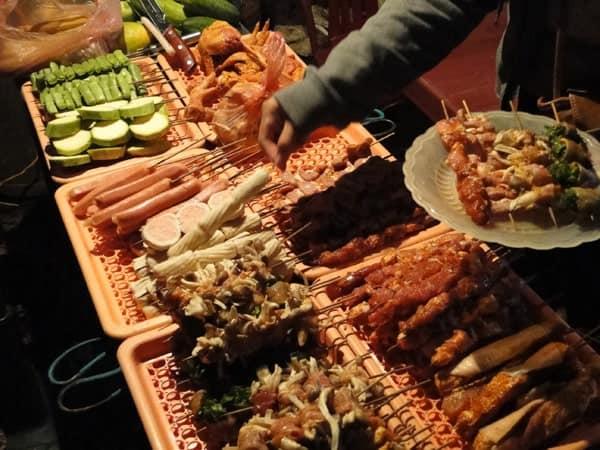 Top 10 Nhà Hàng Nướng Chuẩn Ngon Bổ Rẻ Ở Sapa - nhà hàng nướng chuẩn ngon bổ rẻ - H'mong BBQ Sapa | Lẩu Và Nướng Hoa Trà Quán | Mr Cò BBQ 63