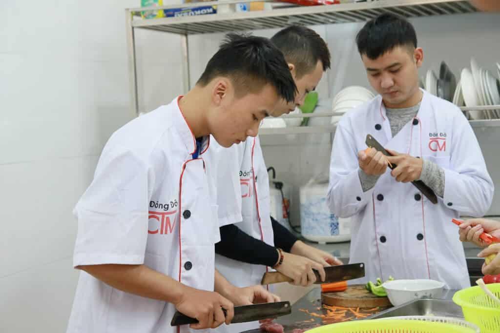 Top 10 Địa Điểm Dạy Nấu Món Ăn Chay Nổi Tiếng Tại Hà Nội - địa điểm dạy nấu món ăn chay nổi tiếng tại hà nội - CÔNG TY CỔ PHẦN GIÁO DỤC VIỆT NAM | Hà Nội | Hướng Nghiệp Á Âu 25