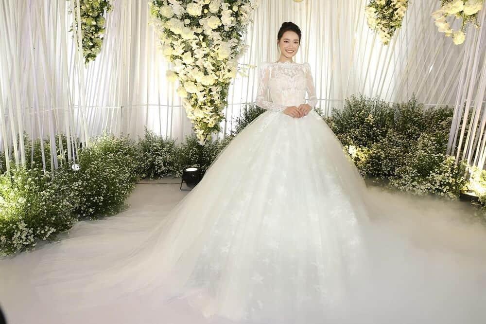 Top 10 Cửa Hàng Cho Thuê Váy Cưới Đẹp, Chất Lượng Ở Đà Nẵng - cửa hàng cho thuê váy cưới đẹp - Áo Cưới Cát Tường   Bella Wedding Studio's   Duy Wedding 53