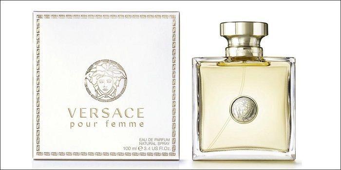 - Top 5 Nước Hoa Của Thương Hiệu Versace Được Chị Em Yêu Thích Nhất