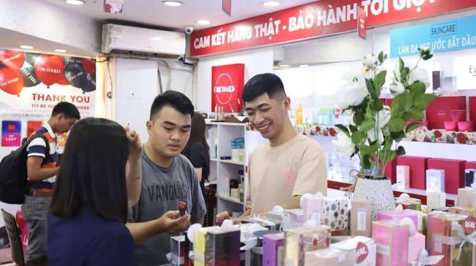 Top 5 Địa Chỉ Mua Nước Hoa Đáng Tin Tưởng Nhất Tại TP HCM - địa chỉ mua nước hoa đáng tin tưởng nhất tại tphcm - Rosa Perfume 1