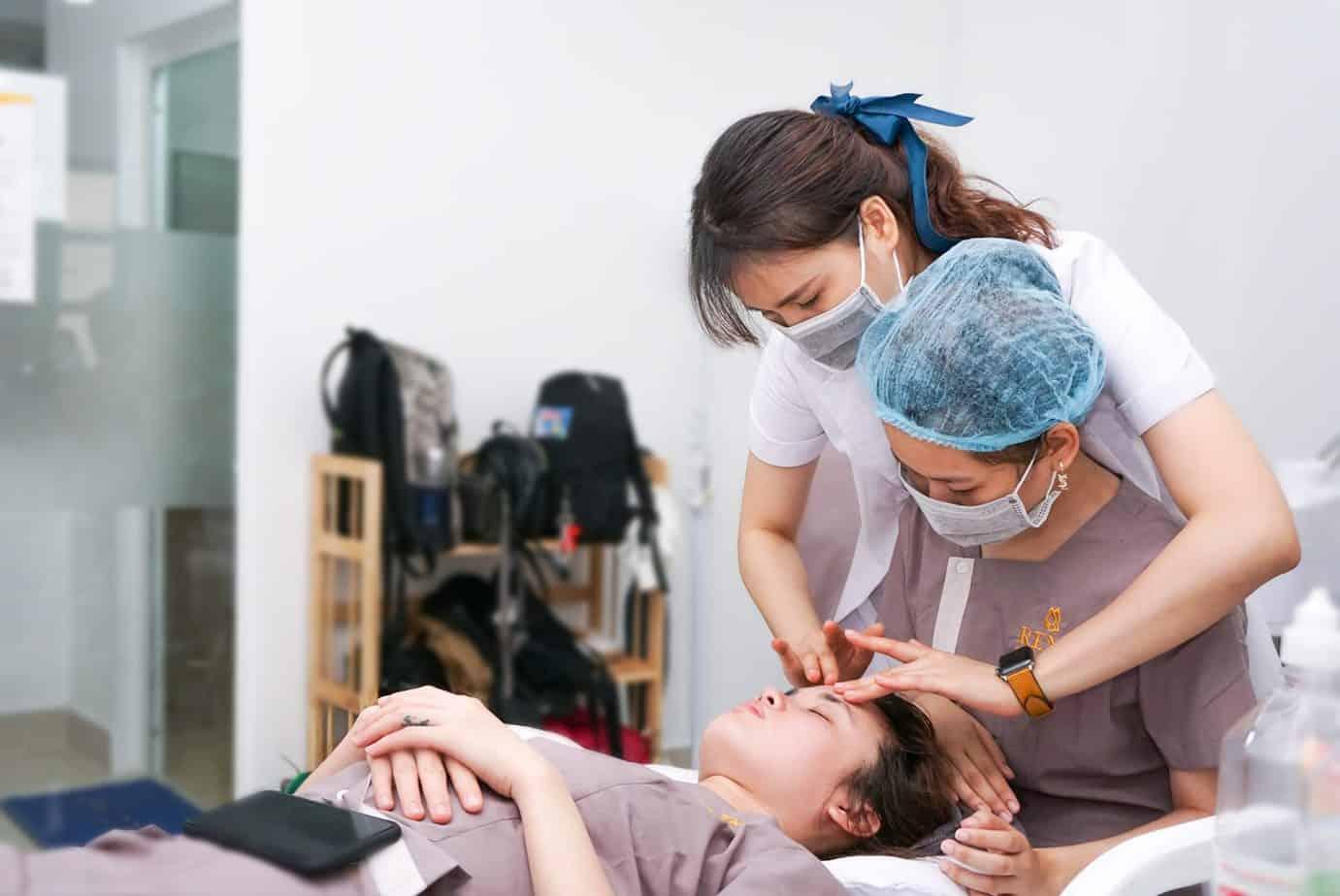 Top 6 Địa Chỉ Dạy Chăm Sóc Da Chuyên Nghiệp Quận Gò Vấp và Quận Bình Thạnh -  - ANA Beauty Academy | BQ Academy | Học viện Shiva Spa 17