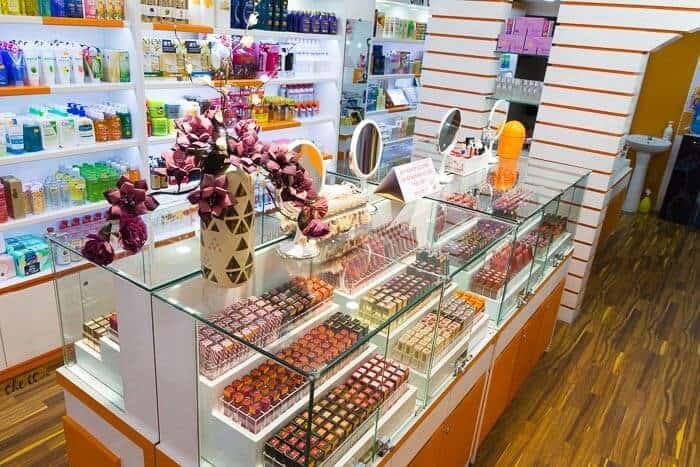 Top 3 Cửa Hàng Cung Cấp Mỹ Phẩm Hoa Kỳ Được Yêu Thích Nhất Sài Gòn - cửa hàng cung cấp mỹ phẩm hoa kỳ tại sài gòn - Lou de Parfum | Lumle Cosmetic | Sarucosmetics 7