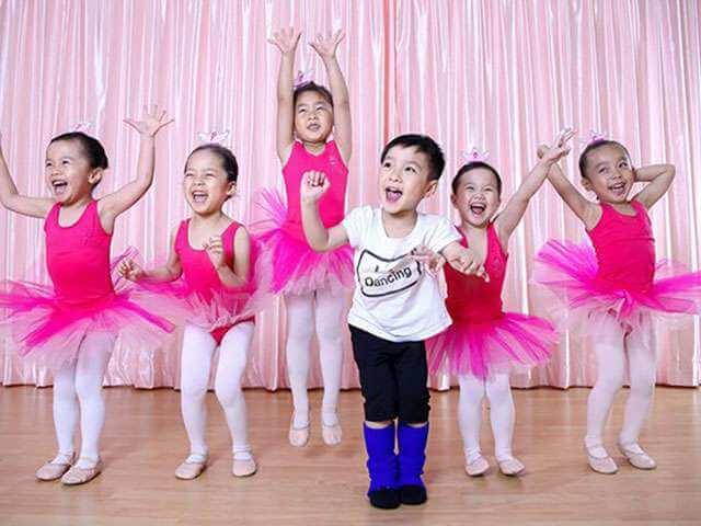 Top 3 Địa Chỉ Dạy Múa Cho Bé Uy Tín Nhất Tại Hồ Chí Minh - địa chỉ dạy múa cho bé uy tín - Elite Arts Academy | Kids Art & Music Saigon | Thành Phố Hồ Chí Minh - Sài Gòn 15