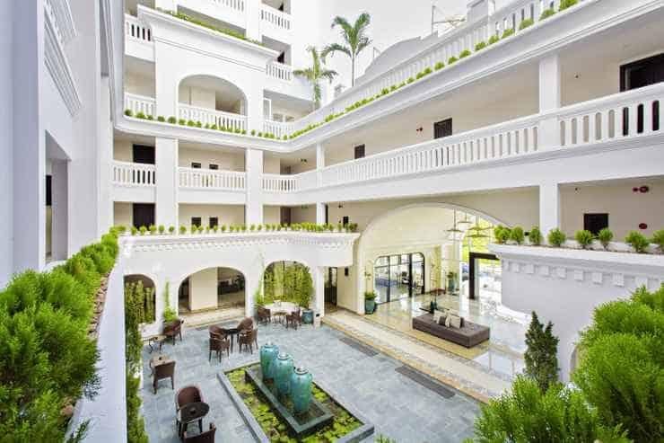 Top 10 Khách Sạn Đẹp Ở Hội An Nổi Tiếng Nhất - khách sạn đẹp ở hội an - Atlas Hoi An Hotel | Hoi An Central Boutique Hotel & Spa | Hội An Chic Hotel 31