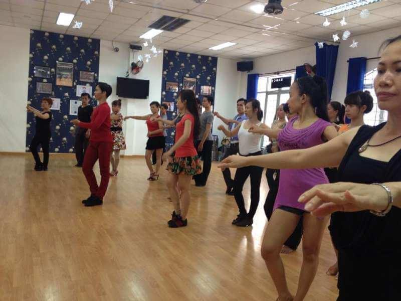 Top 3 Câu Lạc Bộ Dạy Khiêu Vũ Không Thể Bỏ Qua Tại Hồ Chí Minh - câu lạc bộ dạy khiêu vũ - CLB SagaDance   First Dance   PC Crew 19
