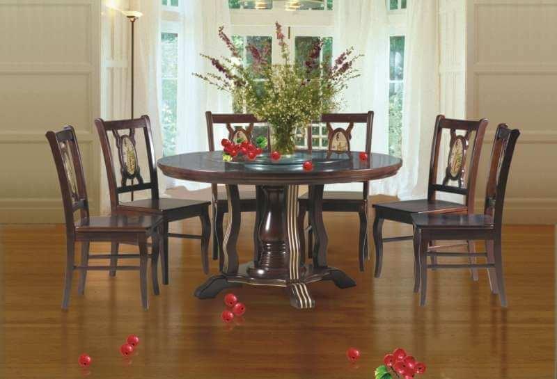 bàn ăn phong cách cổ điển