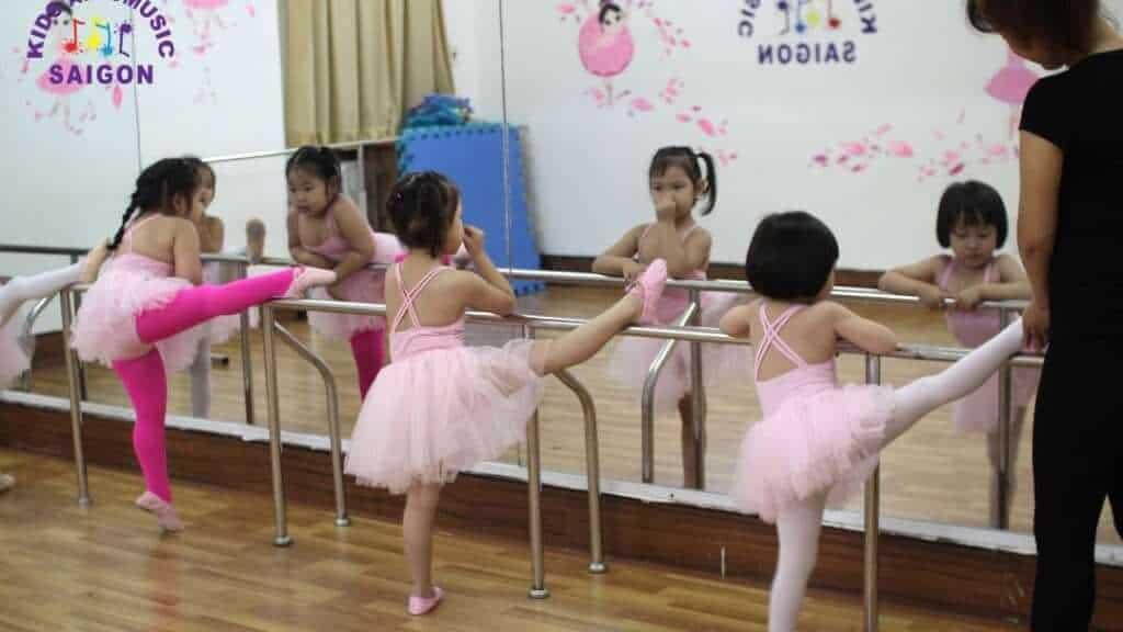 Top 3 Địa Chỉ Dạy Múa Cho Bé Uy Tín Nhất Tại Hồ Chí Minh - địa chỉ dạy múa cho bé uy tín - Elite Arts Academy | Kids Art & Music Saigon | Thành Phố Hồ Chí Minh - Sài Gòn 13