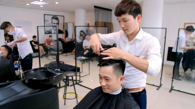 Top 10 Trung Tâm Đào Tạo Cắt Tóc Nổi Tiếng Tp.HCM -  - Đào tạo nghề Thái Hòa | HỌC VIỆN SẮC ĐẸP - QUEEN SPA | Salon Phi Hoàng 23