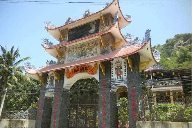 Top 10 Ngôi Chùa Nổi Tiếng Nhất Ở Nha Trang -  - Chùa Đa Bảo | Chùa Hải Ấn | Chùa Hải Đức 28