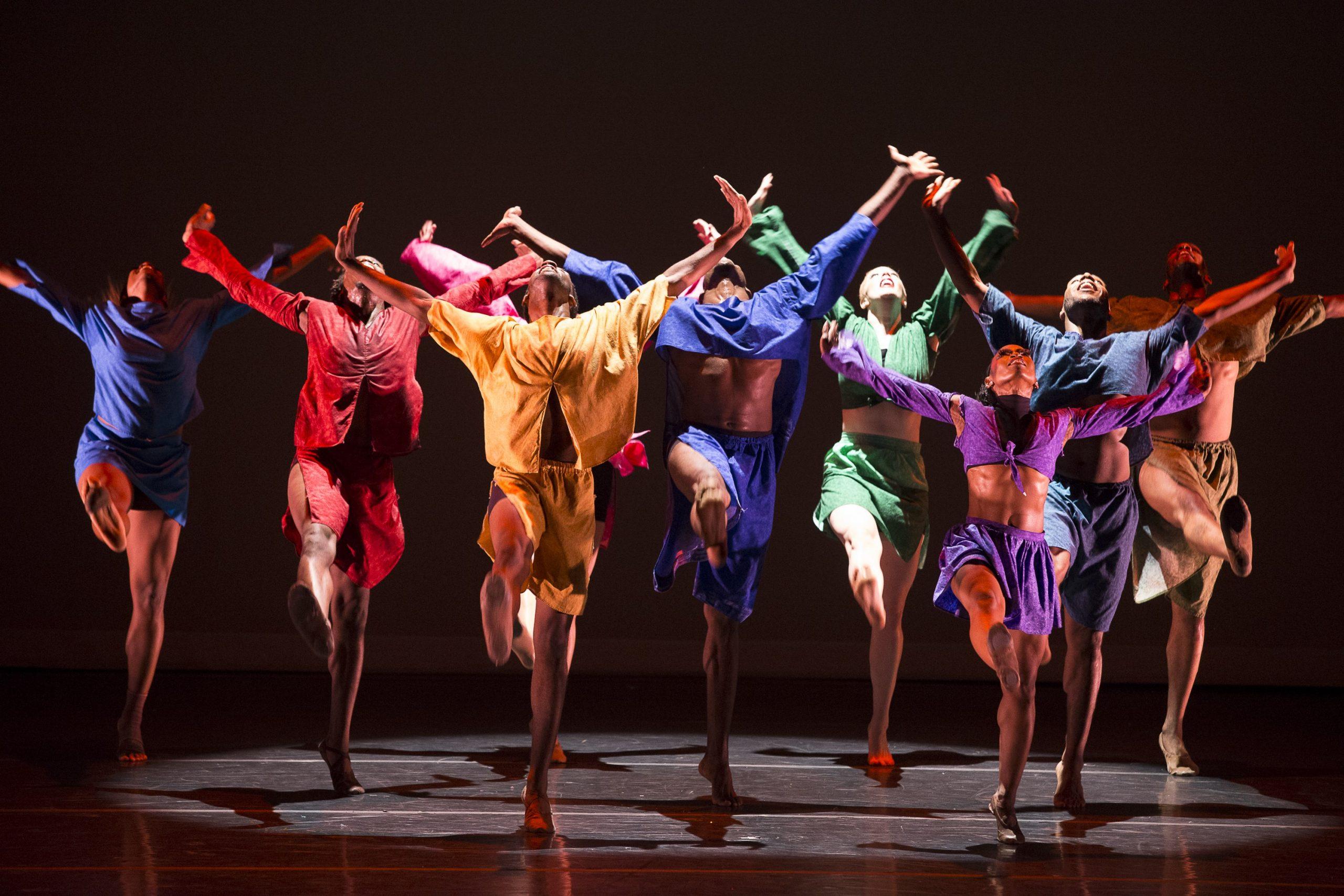 Top 5 Trung Tâm Dạy Múa Đương Đại Ở Gò Vấp -  - Crowbar Academy | FLYPRO | Múa đương đại 39