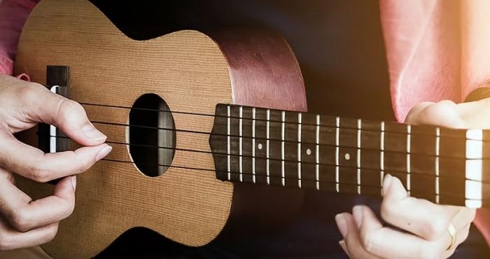 trường dạy ukulele nổi tiếng hcm
