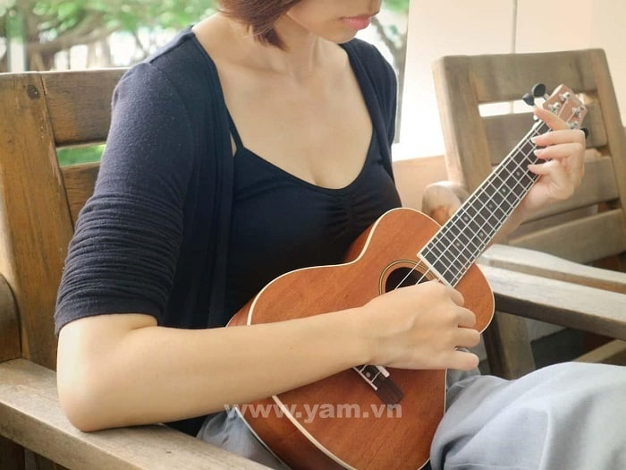 khóa học ukulele uy tín nhất hcm