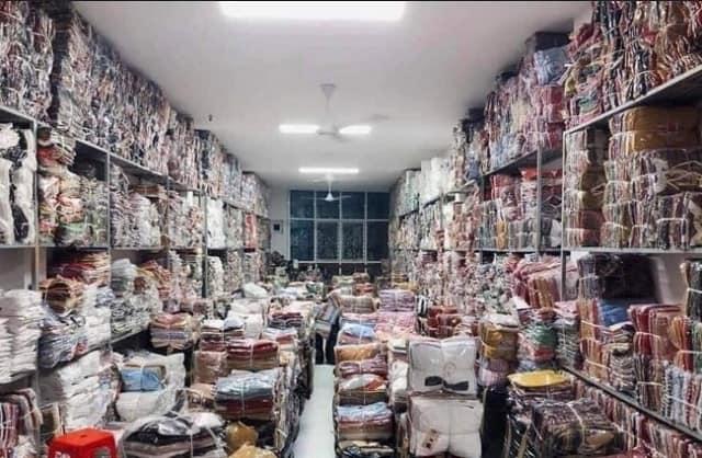 Phương Uyên - Nguồn hàng thời trang Quận Tân Bình