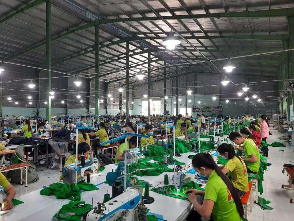 xưởng máy hàng thời trang giá sỉ hcm