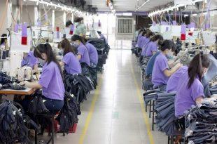 Top 5 xưởng may giá sỉ Quận 6, HCM cho shop quần áo